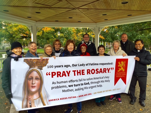 Rosary at Waltham Common in honor Our Lady of Fatima 10/12/19 organized by Mary Trimble